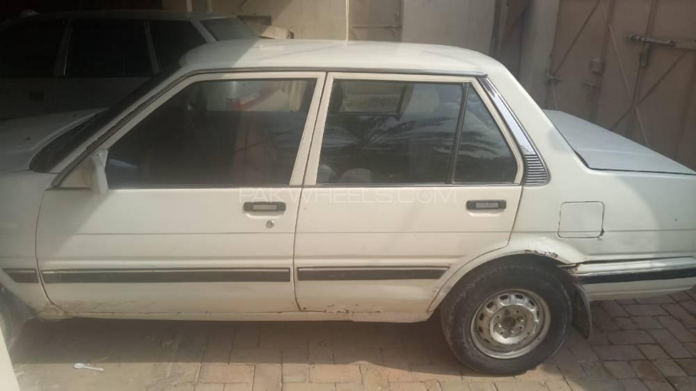 Toyota Corolla 2.0D Limited 1986 Image-1