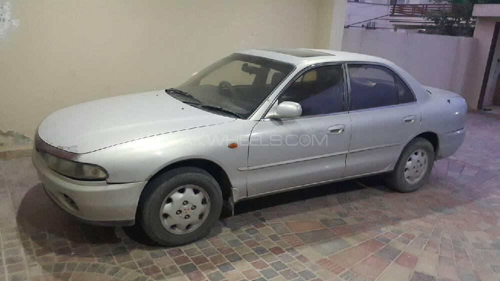 Mitsubishi Galant 1995 Image-1