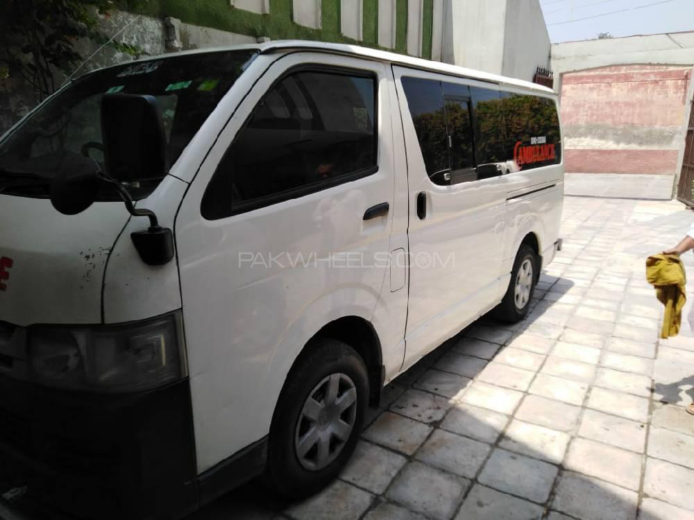 Toyota Hiace 2010 for sale in Peshawar | PakWheels
