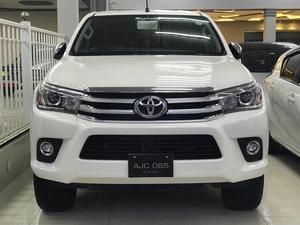 Hilux Revo 2018 for sale in Pakistan Diesel Cars for sale in