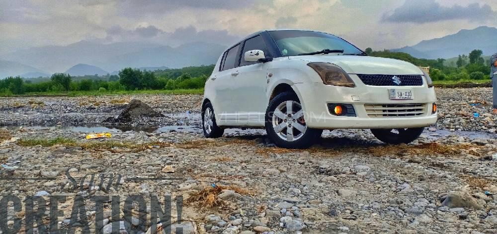 Suzuki Swift DLX 1.3 2010 Image-1