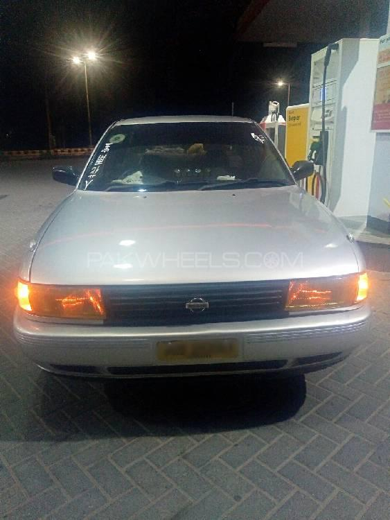 Nissan Sunny Super Saloon 1.6 (CNG) 1995 Image-1