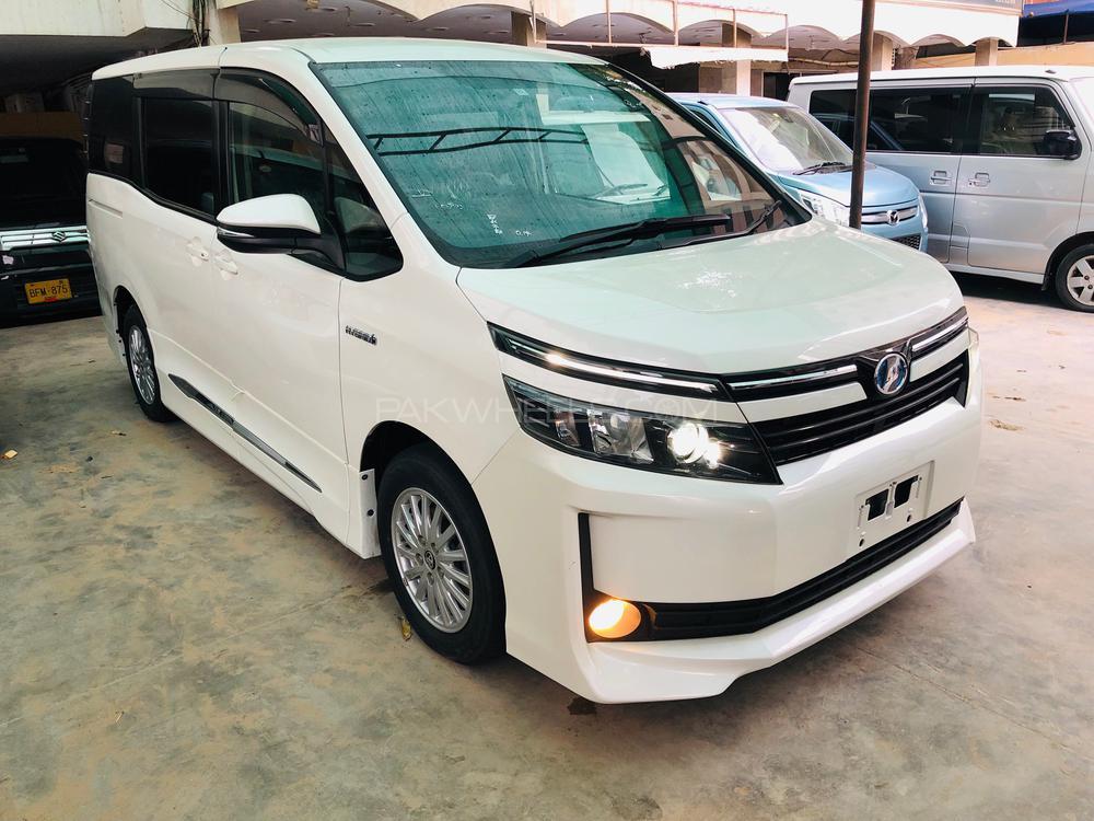 Toyota Voxy ZS GS VERSION EDGE 2014 Image-1