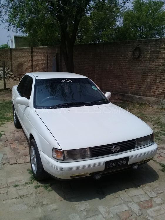 Nissan Sunny EX Saloon 1.6 (CNG) 1991 Image-1