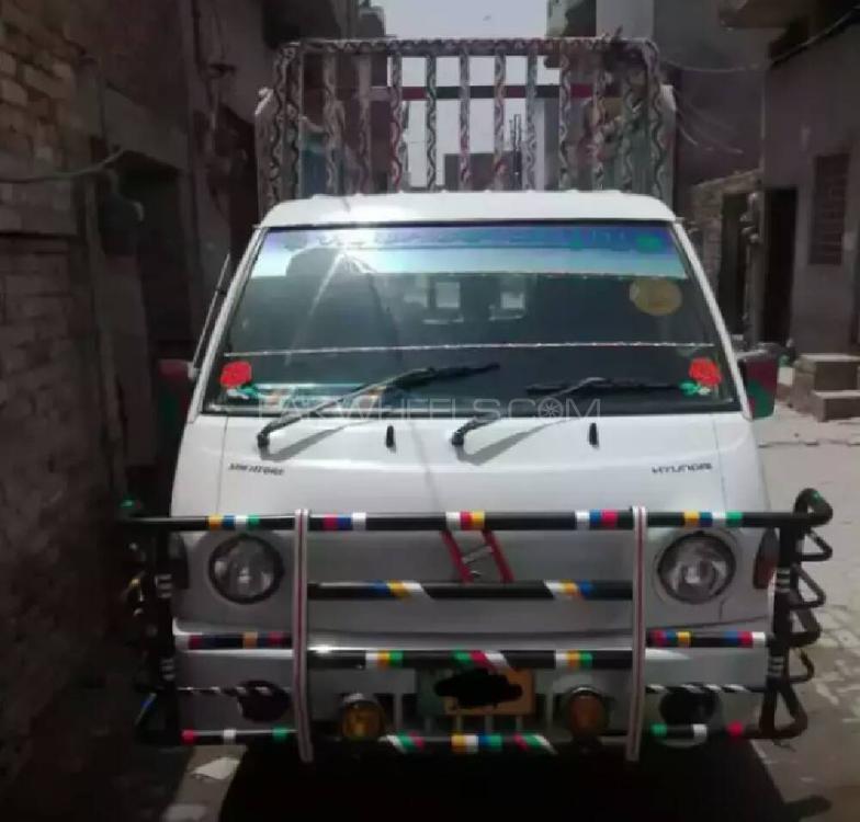 Hyundai Shehzore 2006 Image-1