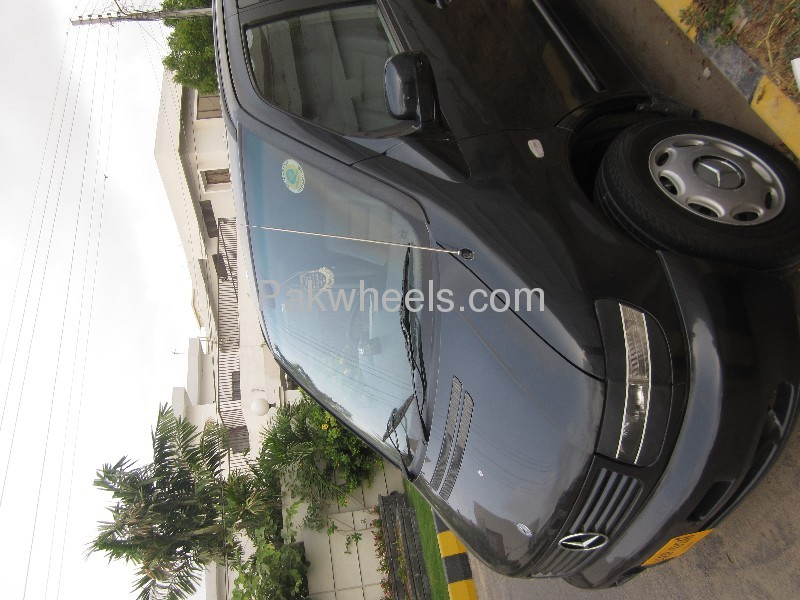 mercedes benz viano cdi 2 2 4matic 2004 for sale in. Black Bedroom Furniture Sets. Home Design Ideas
