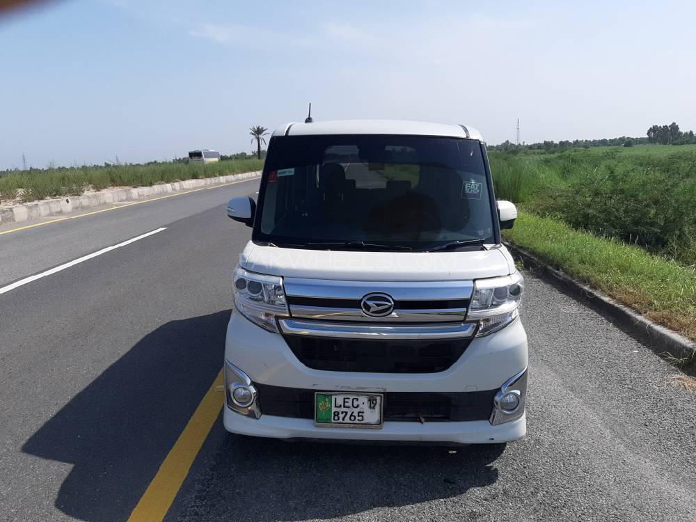 Daihatsu Tanto Custom RS 2015 Image-1