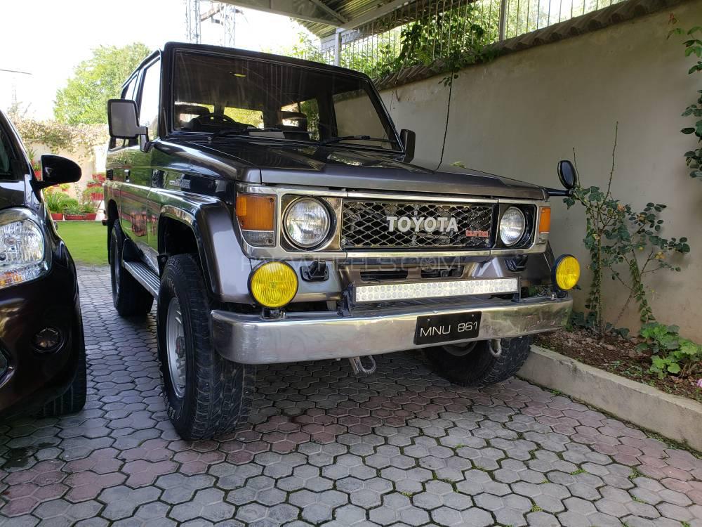 Toyota Prado 1988 Image-1