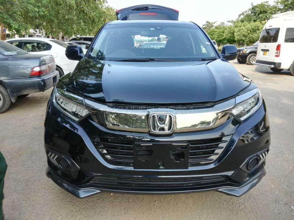 Honda Vezel Hybrid Z 2018 Image-1
