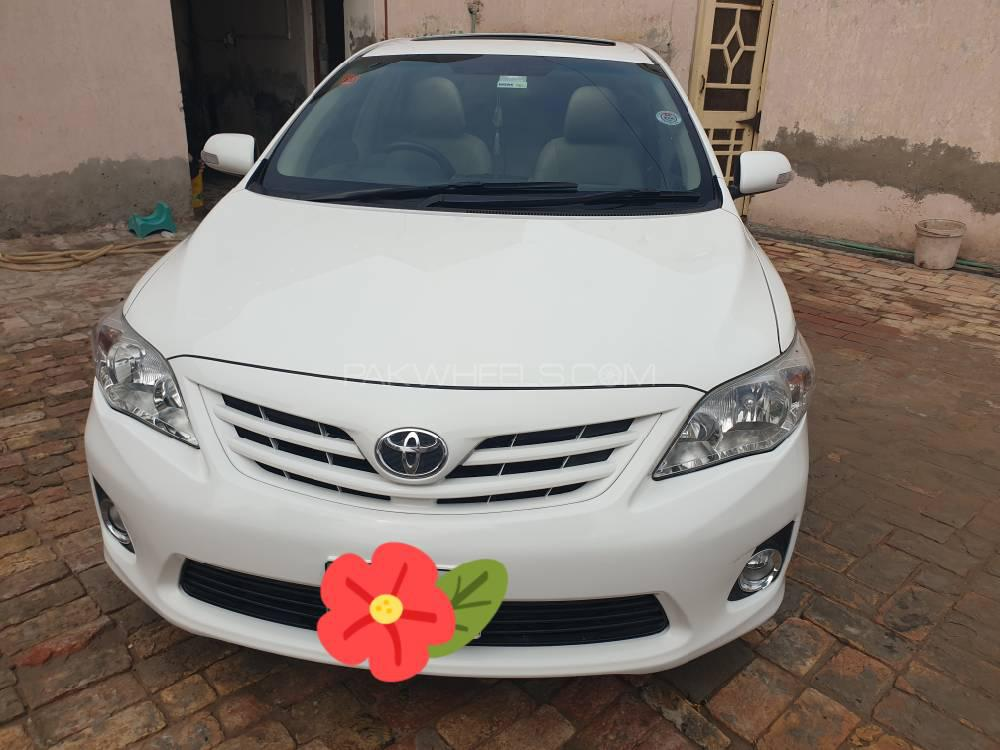 Toyota Corolla Altis SR 1.6 2014 Image-1
