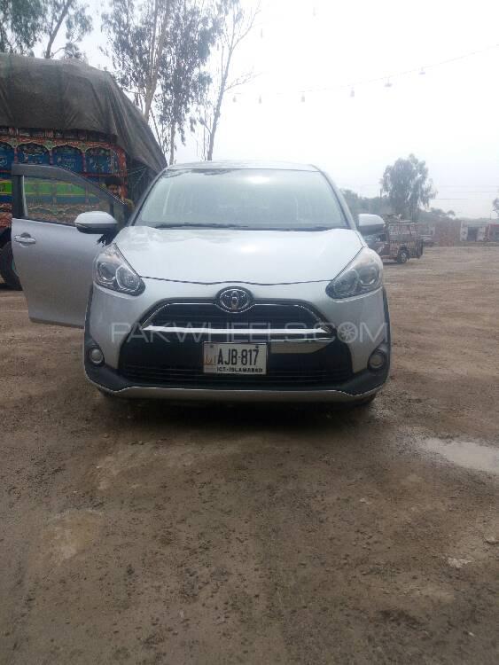 Toyota Sienta G 2018 Image-1