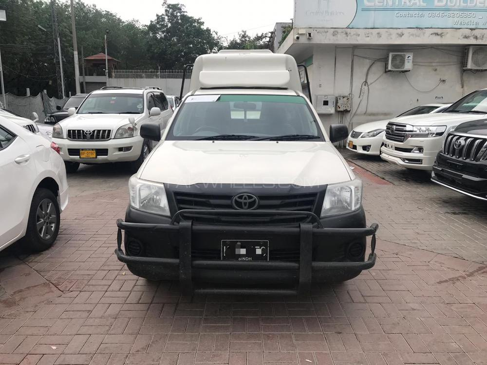 Toyota Hilux 4x2 Single Cab Up Spec 2016 Image-1