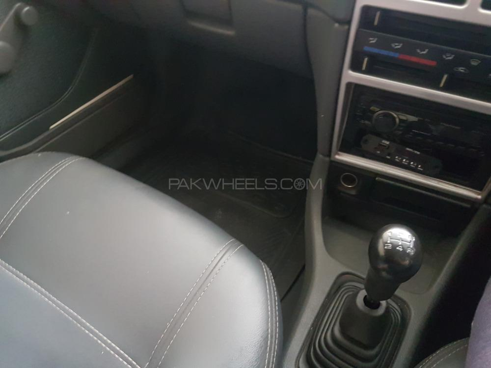 Suzuki Cultus VXLi 2013 Image-1