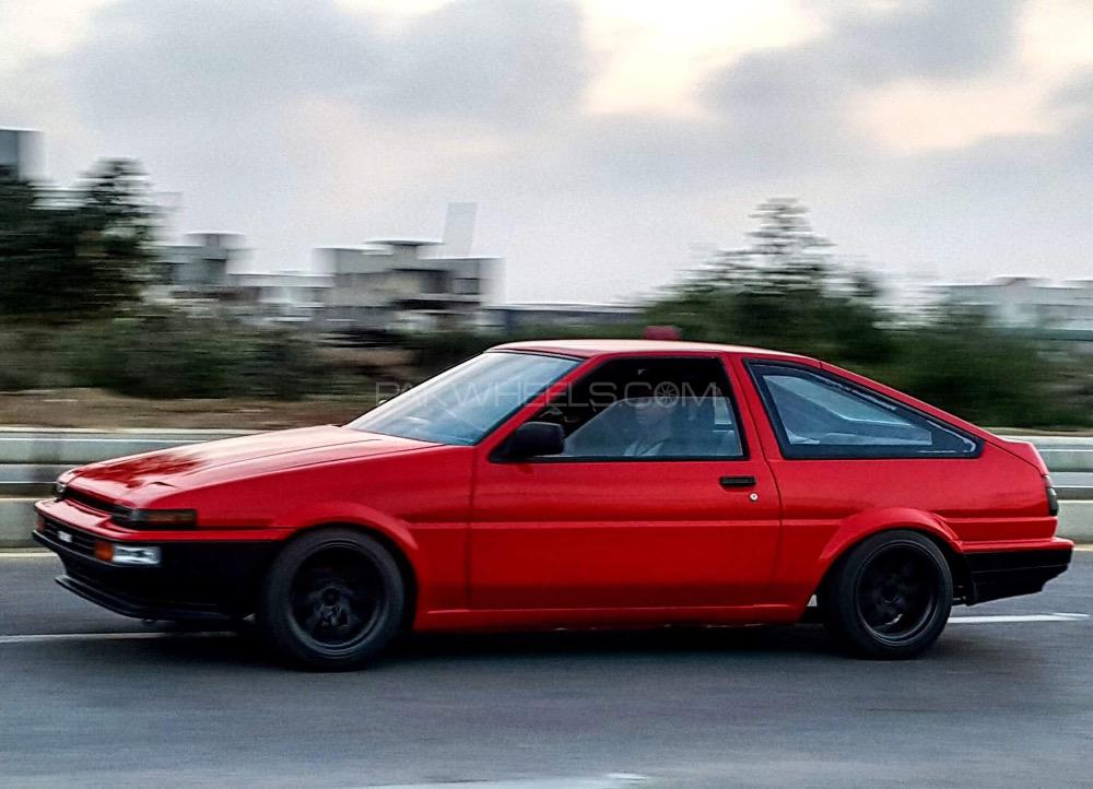Toyota 86 - 1986  Image-1