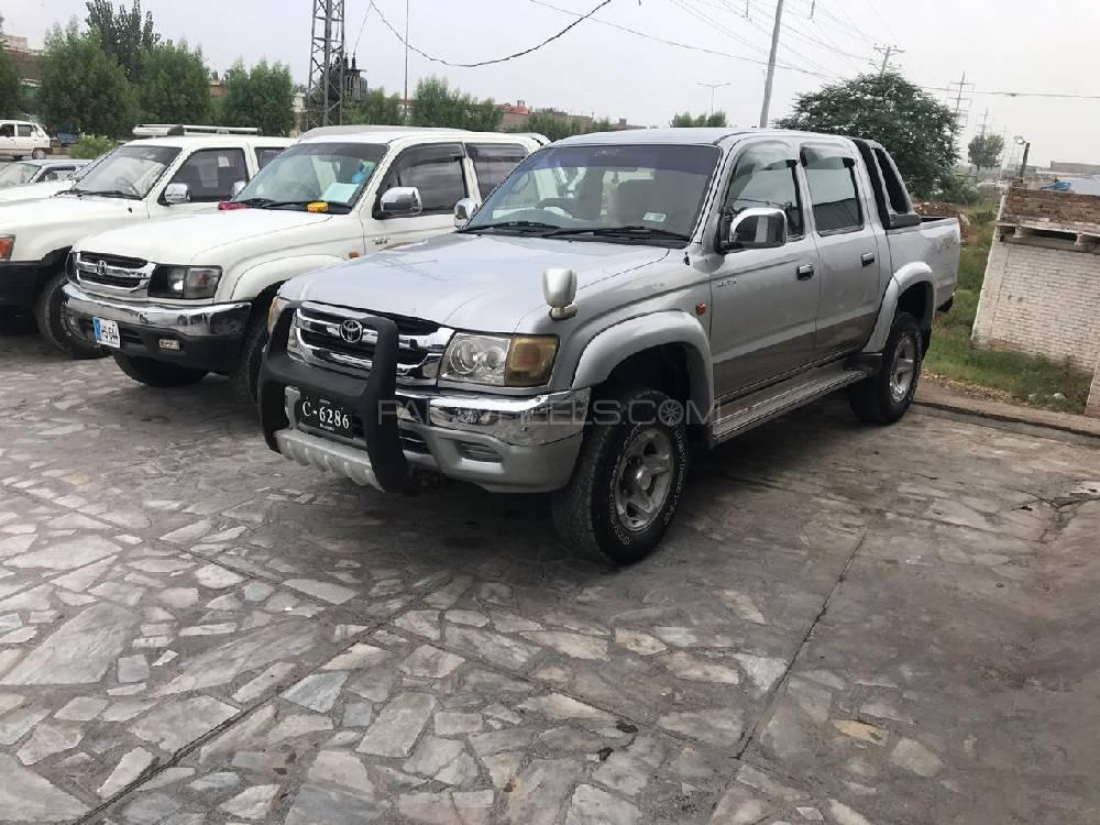 Toyota Hilux Tiger 2002 Image-1