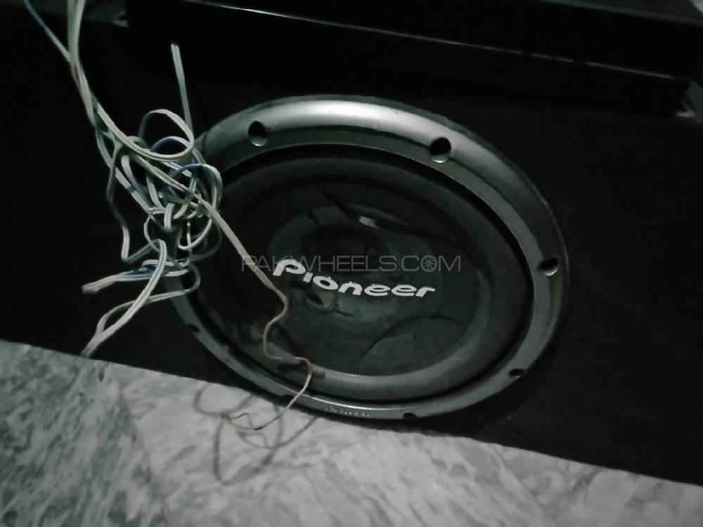 Pioneer sound system speakers woofer and amp Image-1