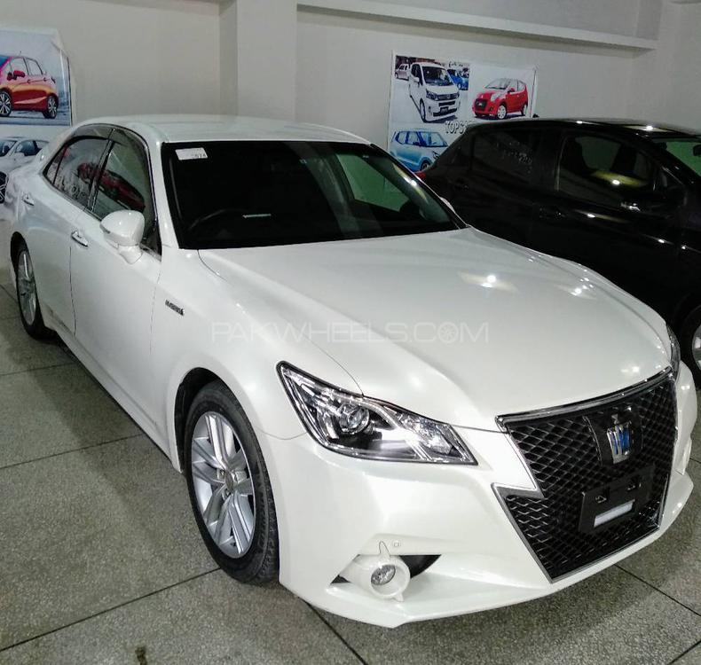 Toyota Crown Athlete 2013 Image-1