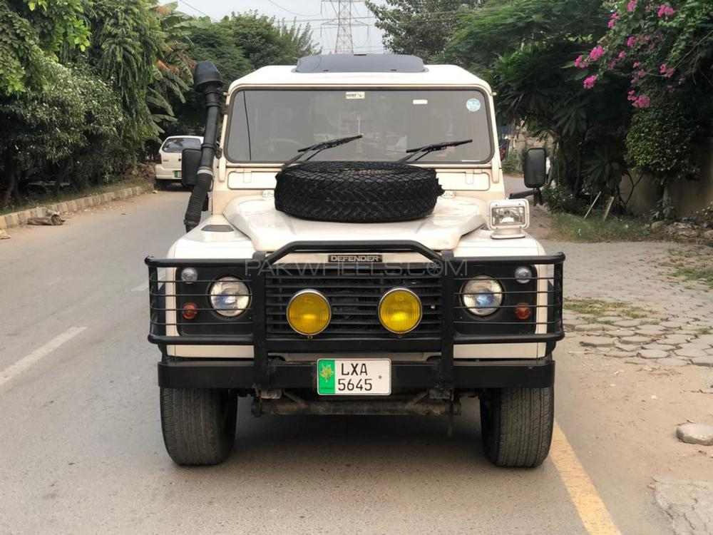 Land Rover Defender 130 1996 Image-1