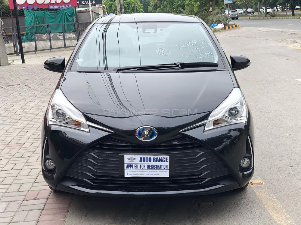 Toyota Vitz Hybrid U 1.5 2018 Image-1
