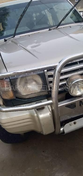 Mitsubishi Pajero Exceed 2.4 1994 Image-1