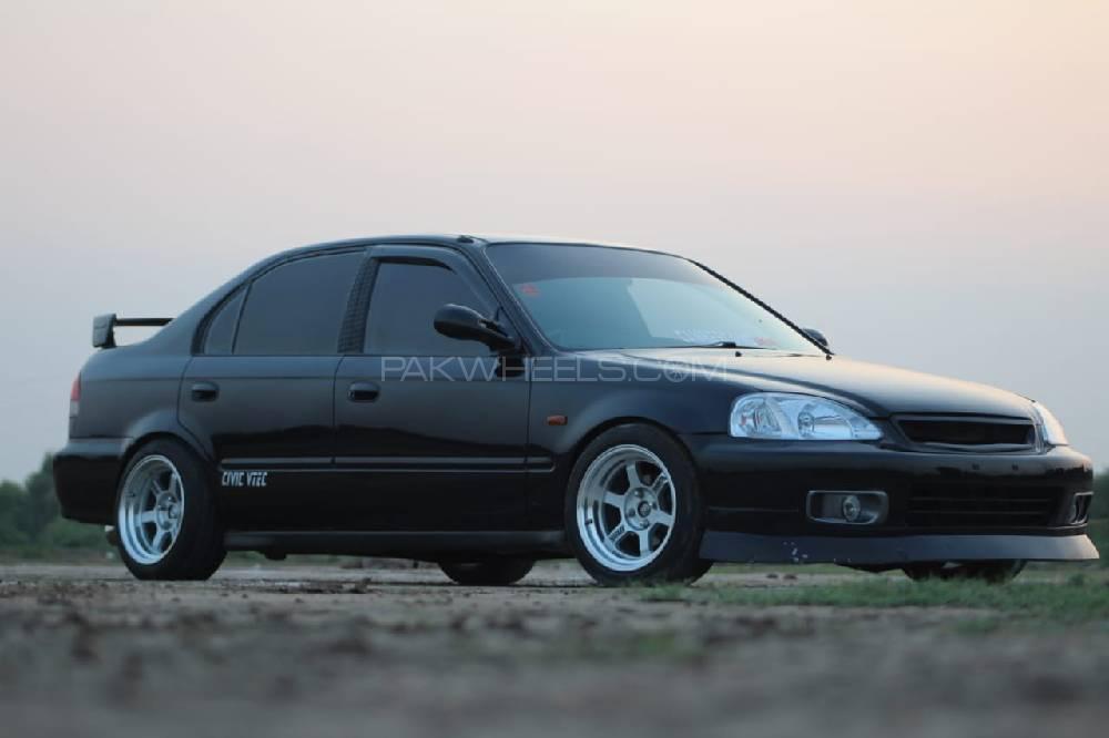 Honda Civic VTi Oriel 1.6 1996 Image-1