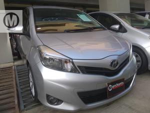 TOYOTA VITZ F