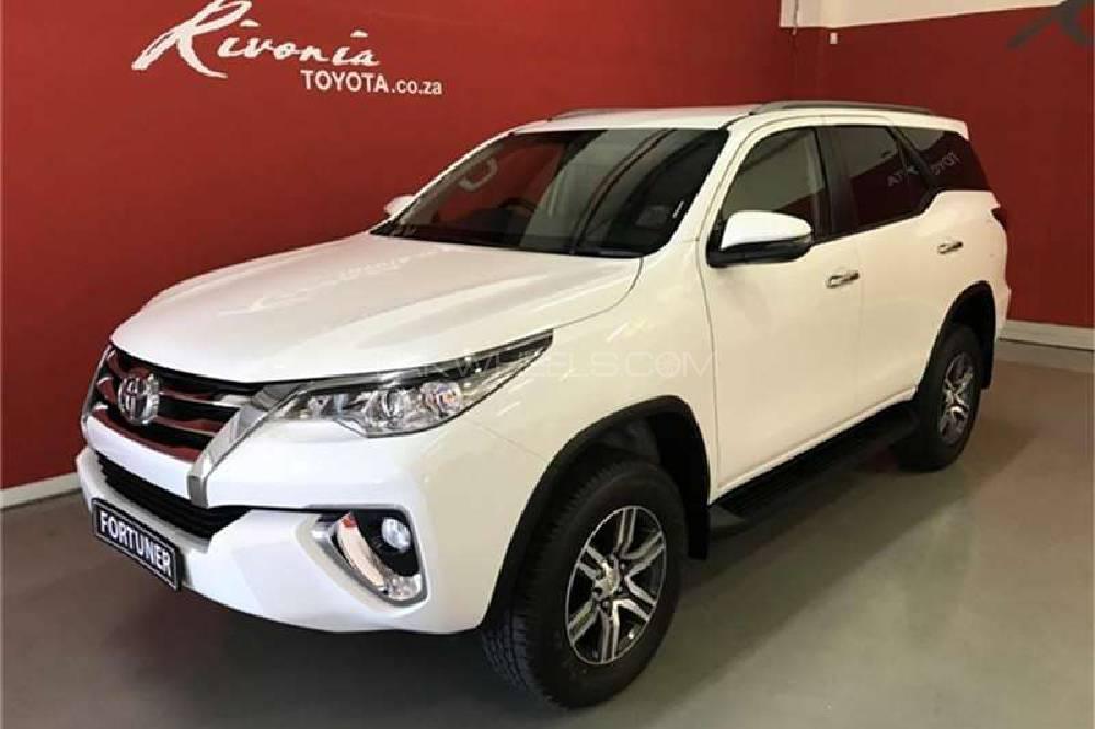 Toyota Fortuner 2019 Image-1