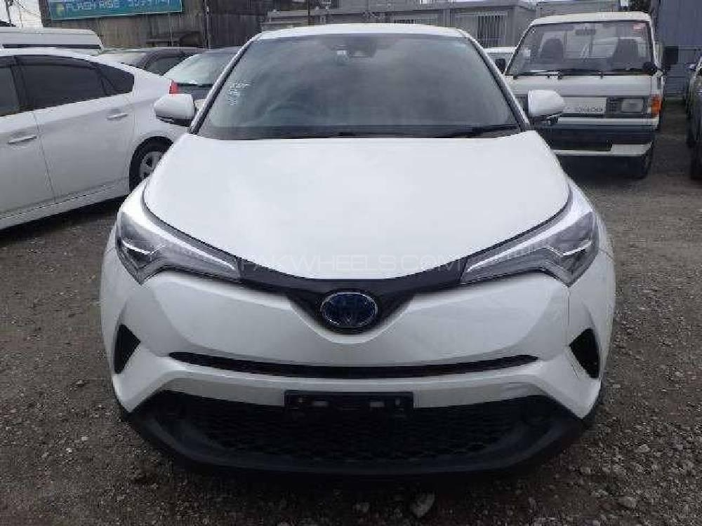 Toyota C-HR 1.8 Hybrid 2018 Image-1