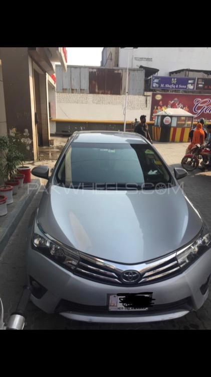 Toyota Corolla Altis 1.8 2014 Image-1
