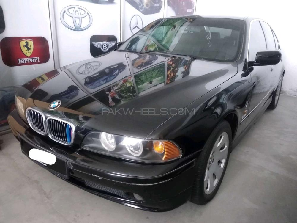 BMW 5 Series 530i 2002 Image-1