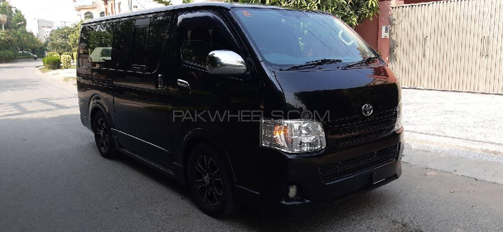 Toyota Hiace High-Roof 3.0 2012 Image-1