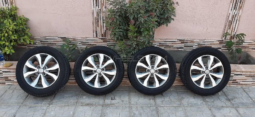 15 Inch Tires >> Oem Japanese Nissan 15 Inch Alloys Tires