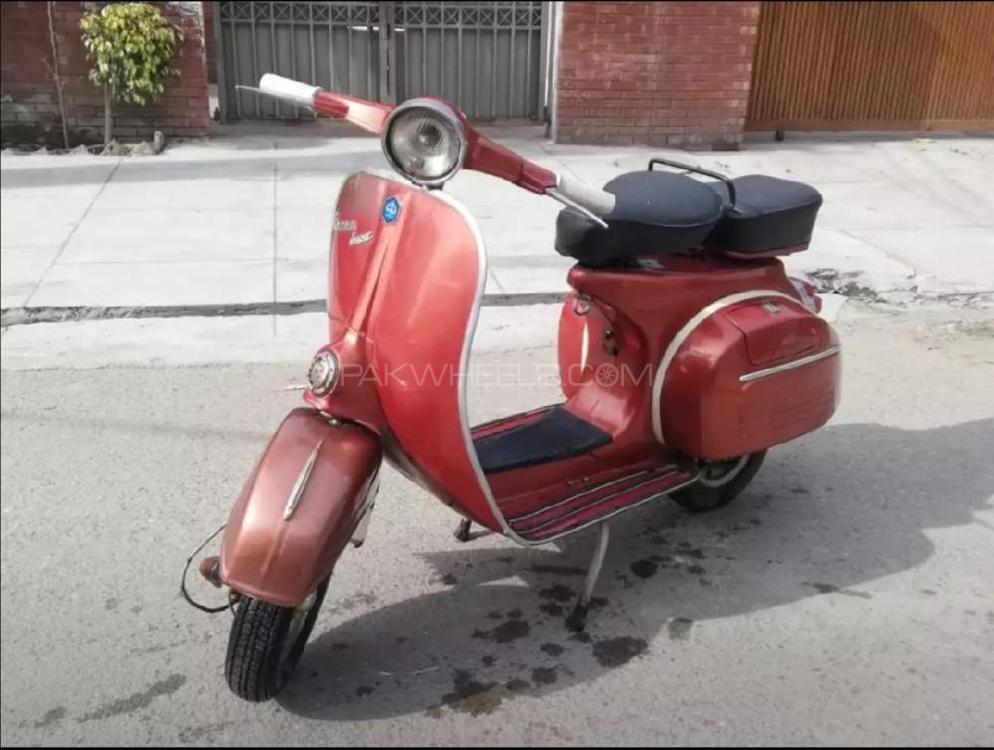 Vespa 150cc 1974 Image-1