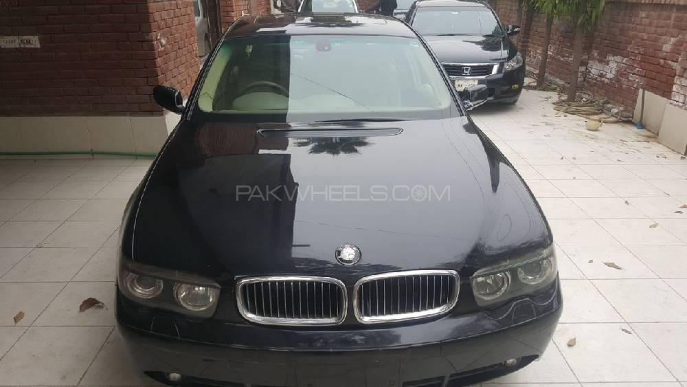 BMW 7 Series 735i 2003 Image-1