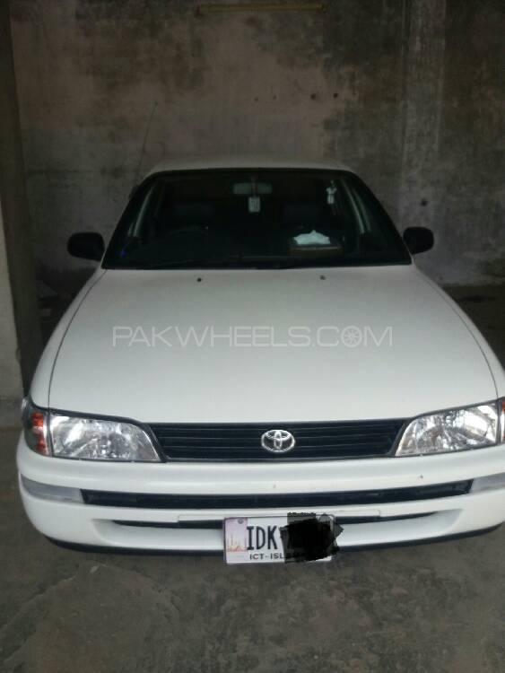 Toyota Corolla 2001 Image-1