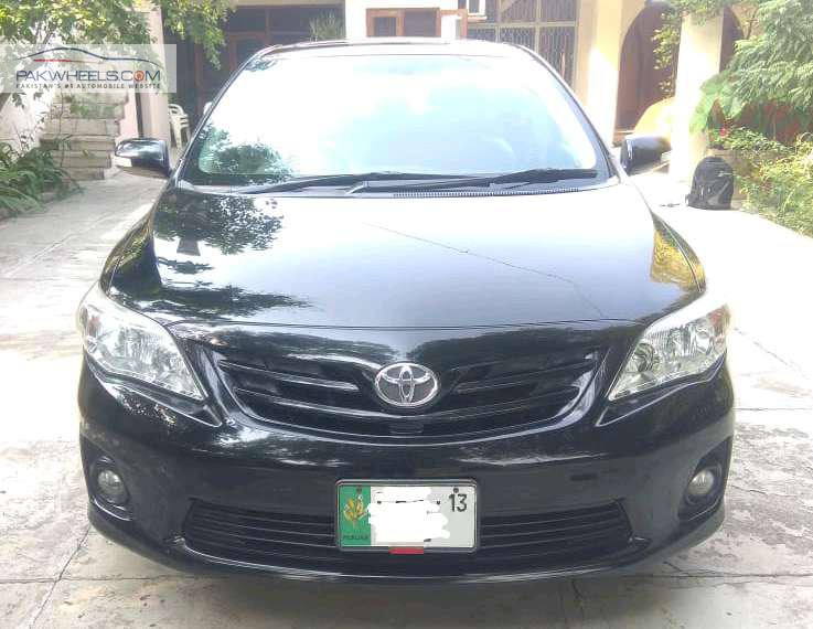 Toyota Corolla Altis SR 1.6 2013 Image-1