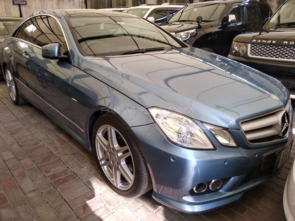 Mercedes Benz E Class E250 2010 Image-1