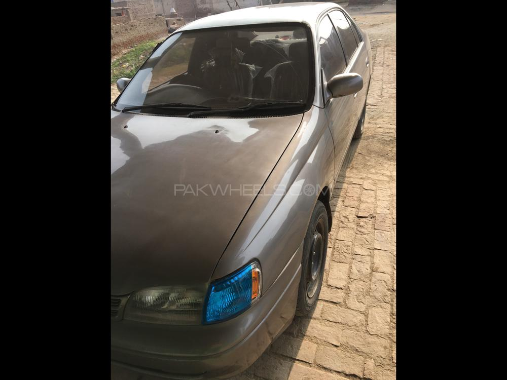 Toyota Corolla 2.0D Special Edition 2001 Image-1