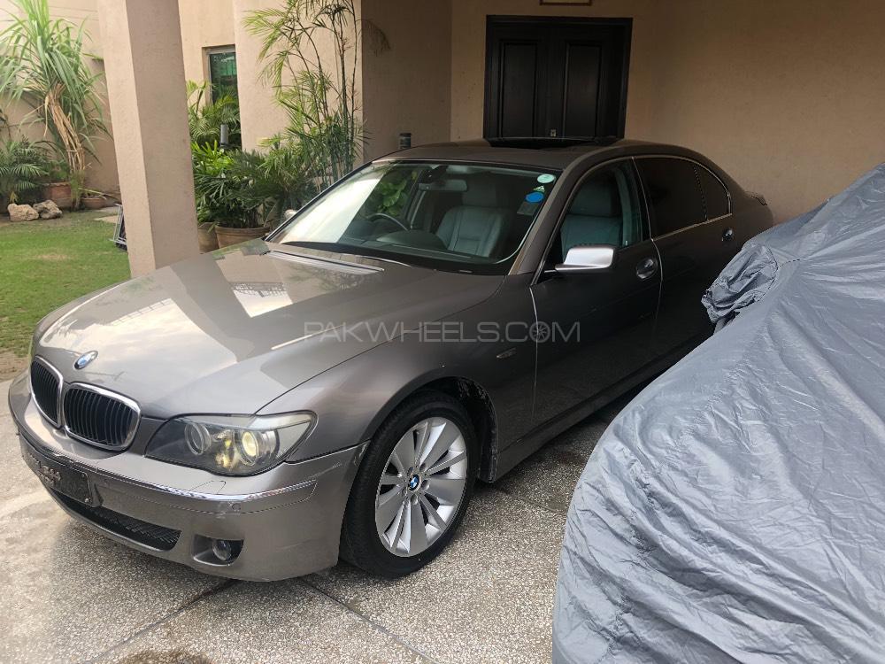 BMW 7 Series 740Li 2007 Image-1