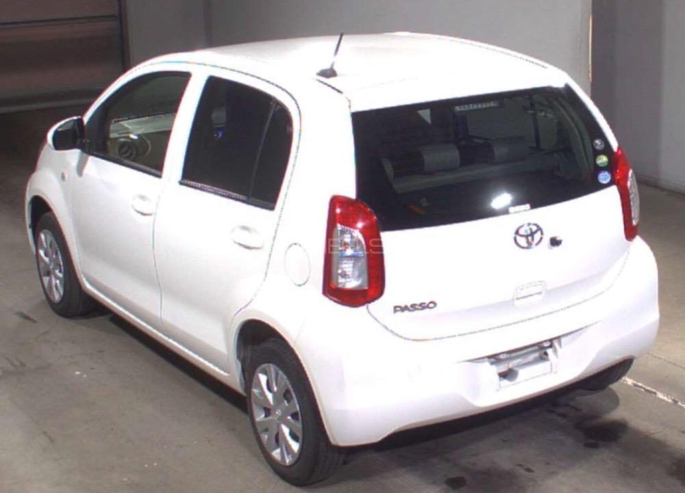 Toyota Passo X 2015 Image-1