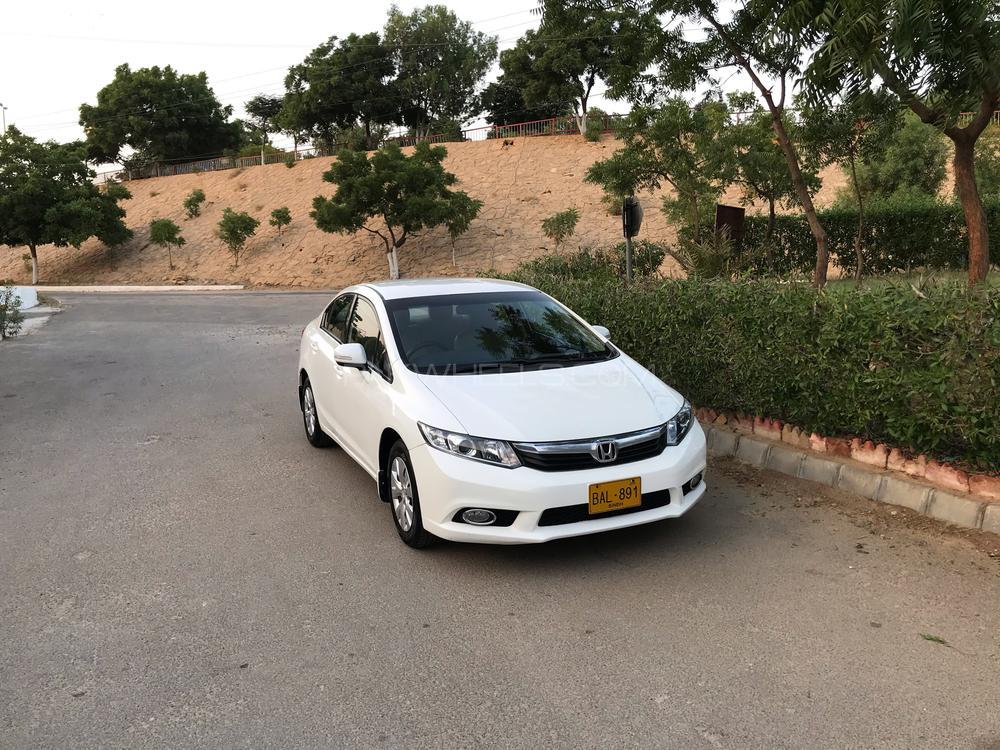 Honda Civic VTi 1.8 i-VTEC 2013 Image-1