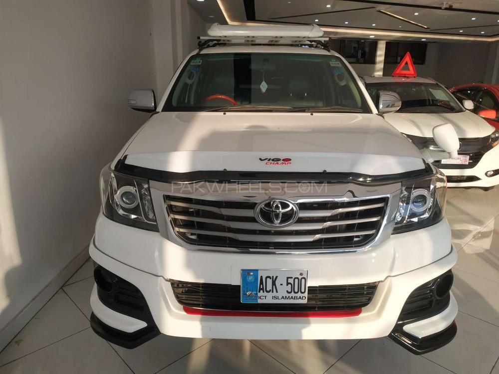 Toyota Hilux SR5(4x4) 2013 Image-1