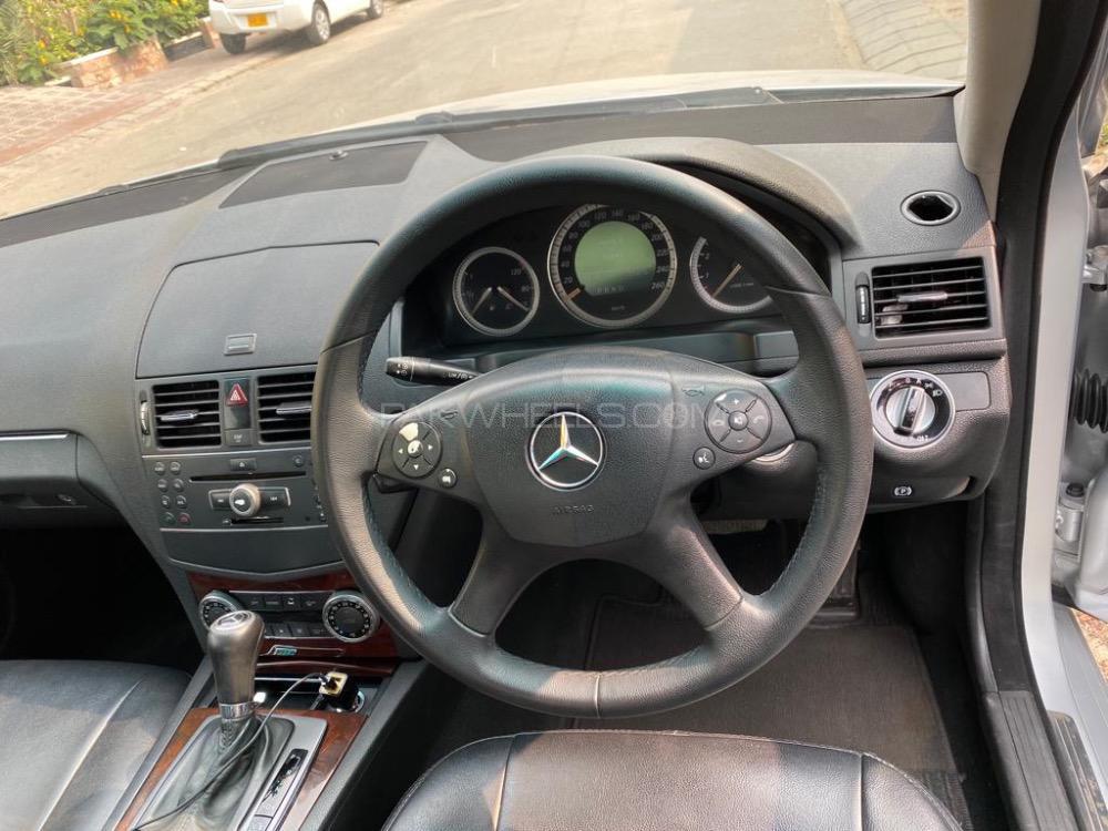 Mercedes Benz C Class C200 2008 Image-1