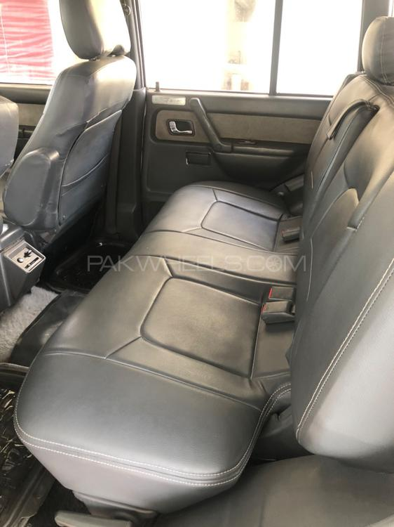 Mitsubishi Pajero Exceed 2.4 1992 Image-1