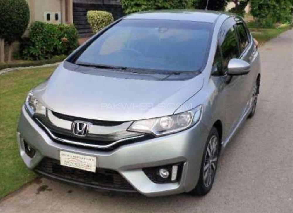 Honda Fit X 2013 Image-1