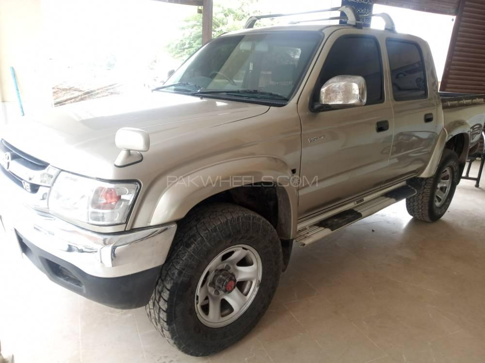 Toyota Hilux Double Cab 1997 Image-1