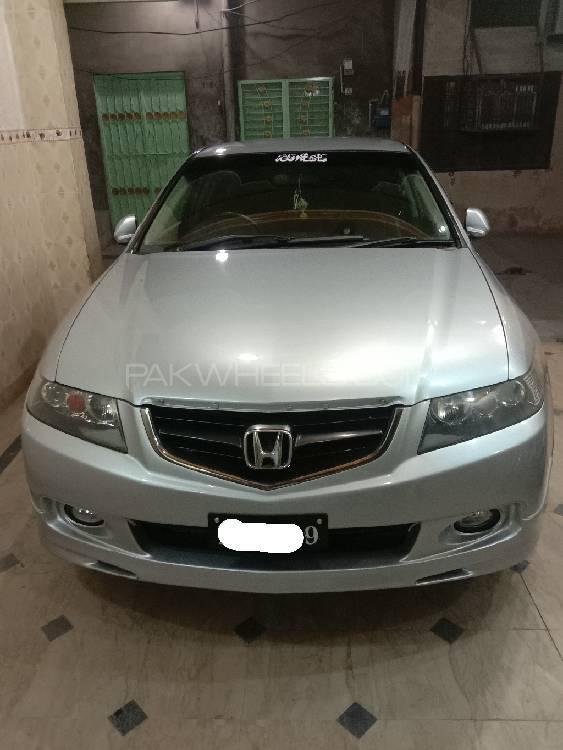 Honda Accord VTi 2.4 2002 Image-1