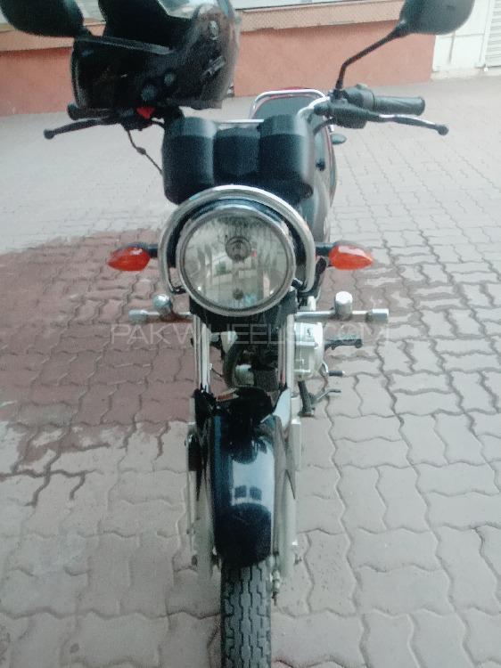 Yamaha YBR 125 2018 Image-1