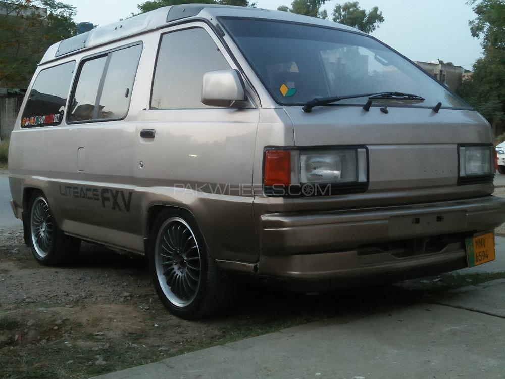 Toyota Lite Ace - 1989  Image-1