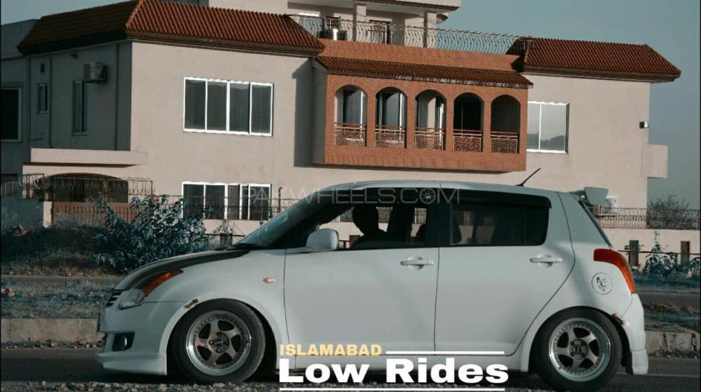 Suzuki Swift - 2015  Image-1